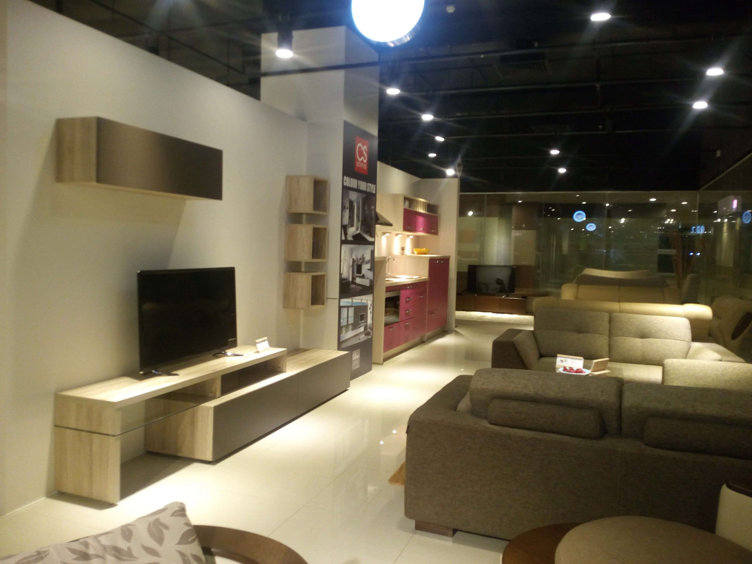 DTC-Portfolio-Retail-Store-HATIL-Nolte-15